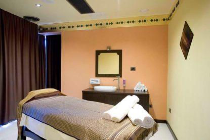 Sanai sala massaggio