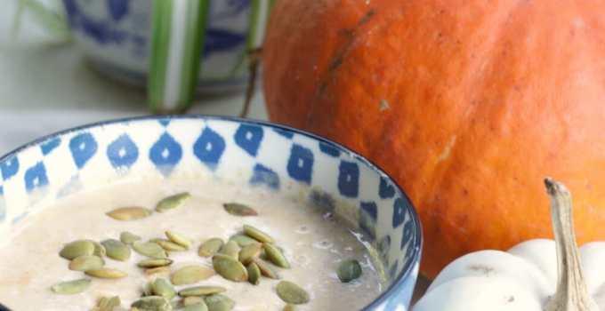 Pumpkin Pie Smoothie Bowl: Clean Eating Recipe