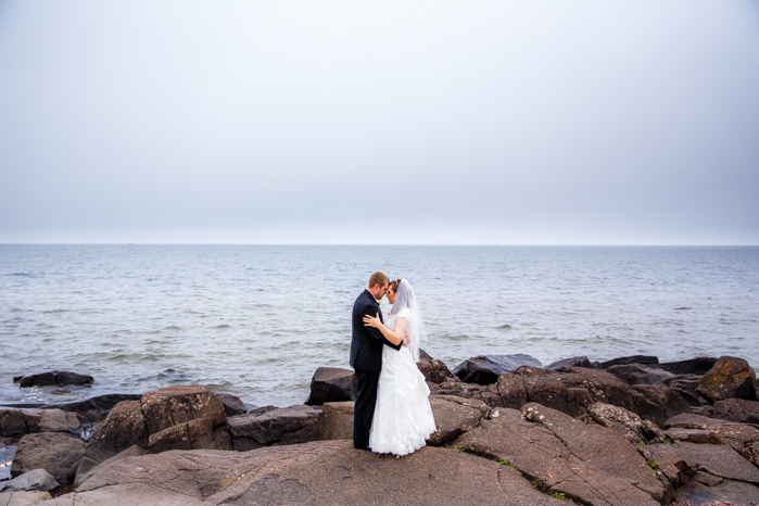 Wisconsin Wedding Photographer_North Shore Lake Superior Wedding_Fog