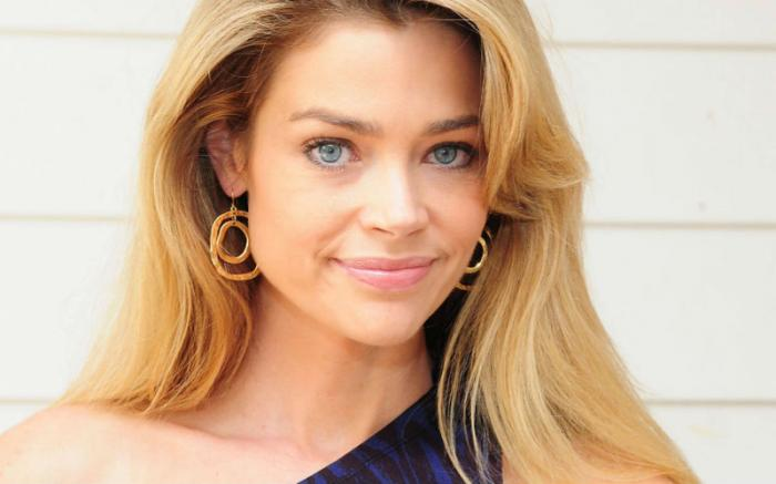 Denise Richards.