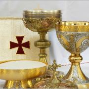 Make a Heartfelt Connection to the Eucharist