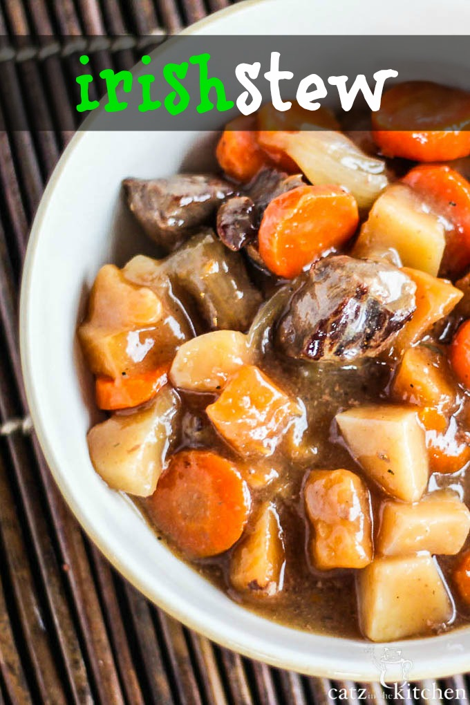 Slow Cooker Irish Stew | Catz in the Kitchen | catzinthekitchen.com # ...