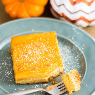Gooey Pumpkin Butter Cake | Catz in the Kitchen | catzinthekitchen.com | #cake #recipe #pumpkin #Thanksgiving