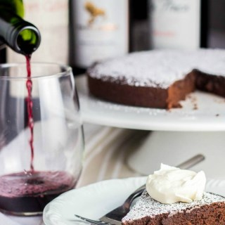 Chocolate Red Wine Cake | Catz in the Kitchen | catzinthekitchen.com | #chocolate #wine #ValentinesDay #dessert #cake