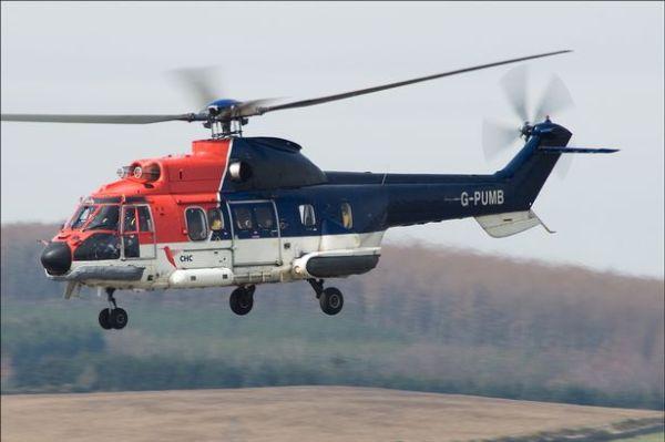 Um dos helicópteros Super Puma da empresa CHC.
