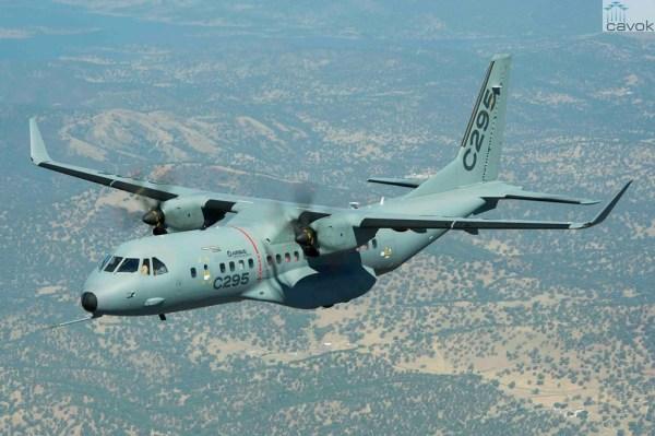 A Airbus Military oferece aos seus clientes o C295W, um C295 com capacidade melhorada. (Foto: Airbus Military)