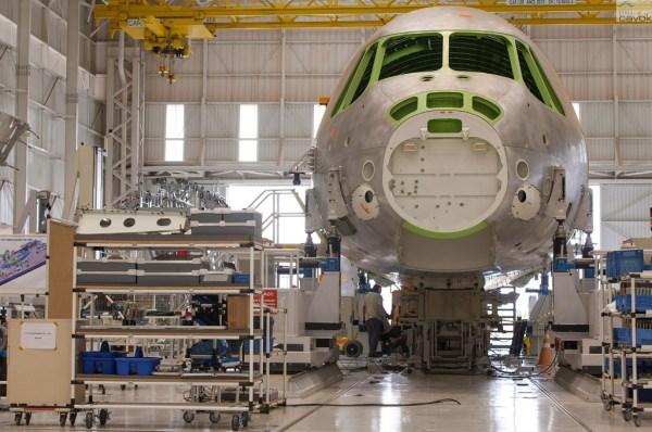 Parte de los terceros componentes prototipo se están fabricando en Portugal. (Foto: Sargento Batista / Fuerza Aérea Agencia.)