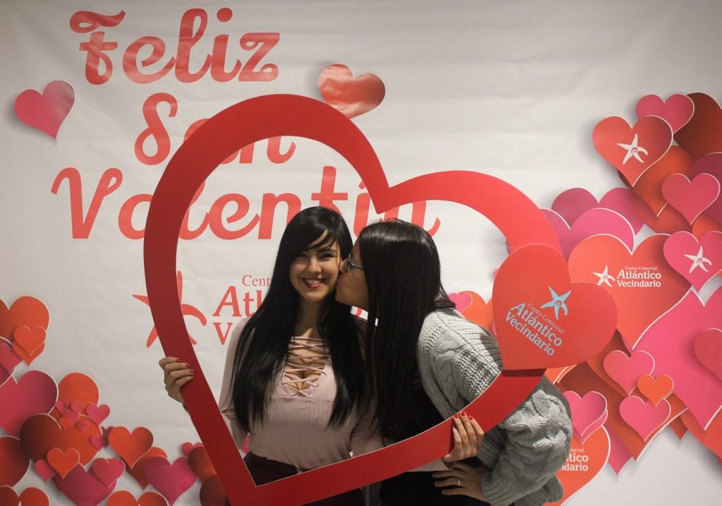 6-Lorea Gusquizaga y Melania Santana
