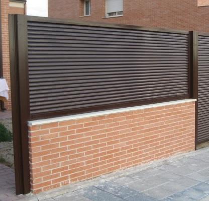 Cancelas verjas y vallas de hierro y forja cerrajer a - Vallas exteriores para casas ...