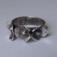 Three Poppies Sterling Silver Ring, Size US 8 1/4,