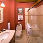 Cedar House Inn - Grove Room bath