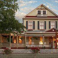 Cedar House Inn front