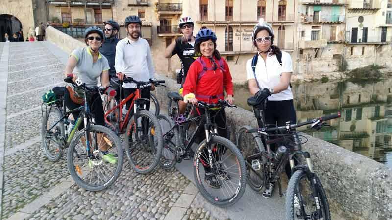 Abril el mes de la bicicleta