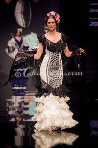 Espectacular vestido de Loli Vera
