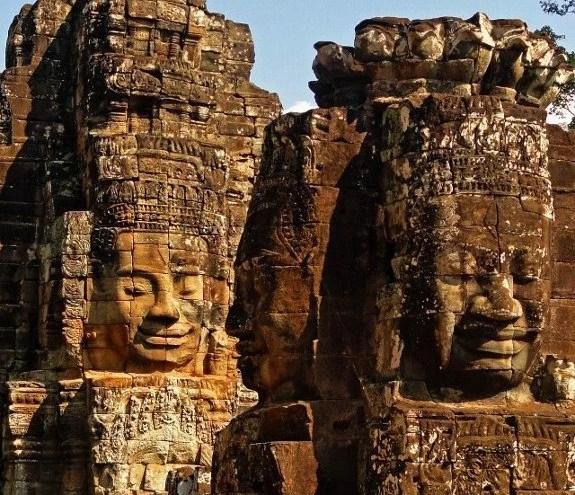travel for a year Bayon Temple Angkor Wat