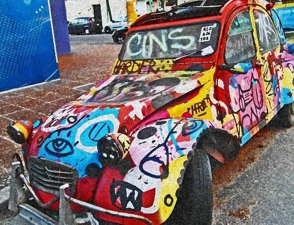 Buenos Aires vintage graffiti car