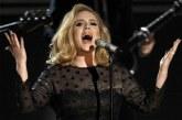 #VIDEO Adele Se Pone A Regañar A Una Fan Por Grabarla En Su Concierto