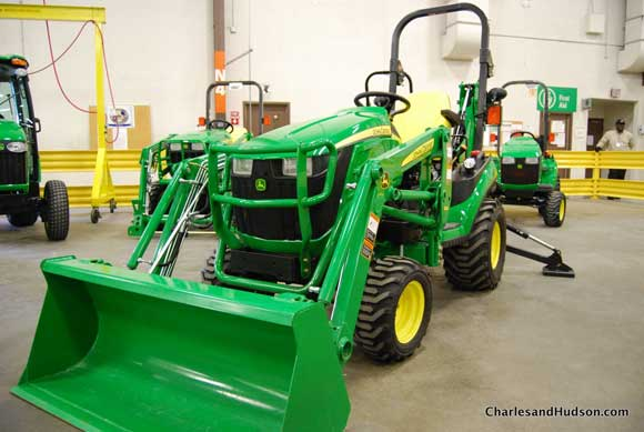 john-deere-utility-tractor.jpg