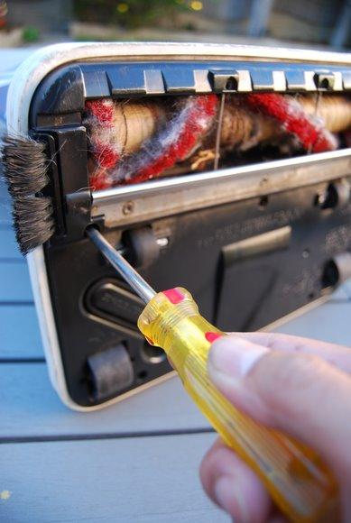 oreck-vacuum-repair2.JPG