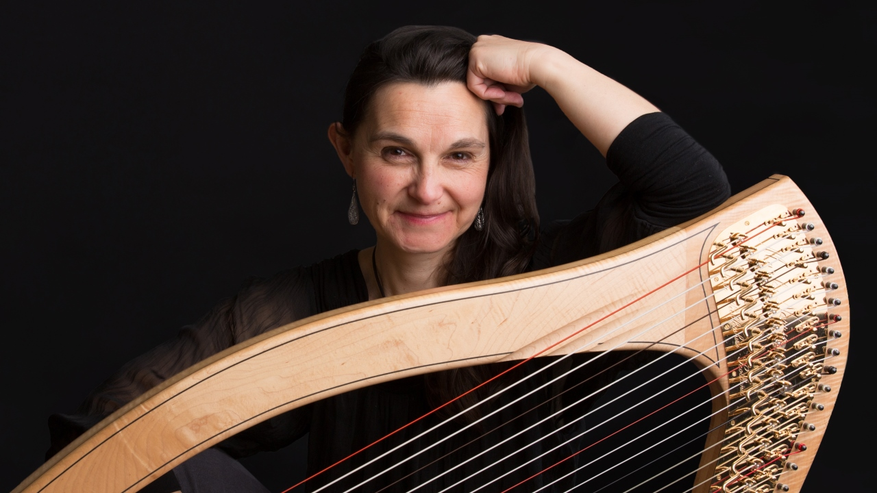 Charlotte Petersen Scottish Harpist