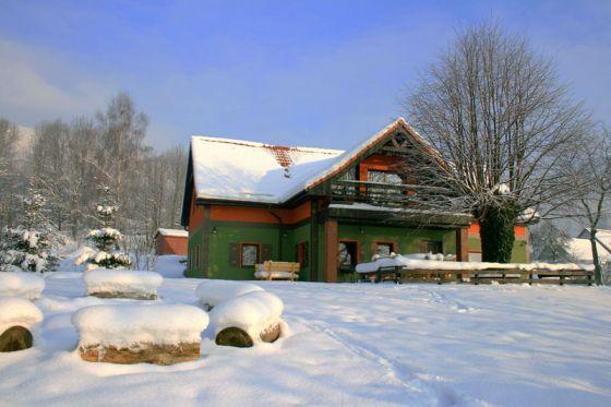 Znalezione obrazy dla zapytania zdjęcia kwater prywatnych w zimie w górach