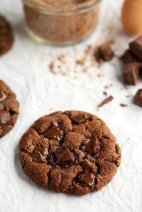 Flourless & Healthy} Double Chocolate Cookies