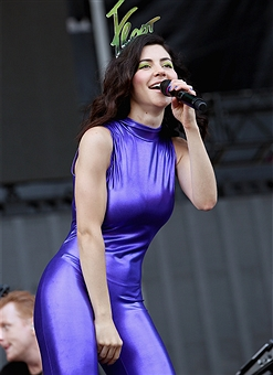 Marina and the Diamonds to Play First Lollapalooza