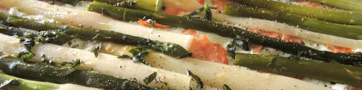 Spargelpizza-mit-Räucherlachs (3)