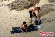 zhang-ziyi-nude-naked-beach-boyfriend-aviv-vivi-nevo-79