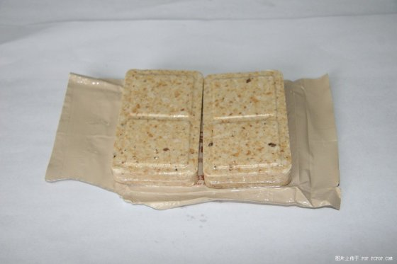 chinese-china-military-rations-07