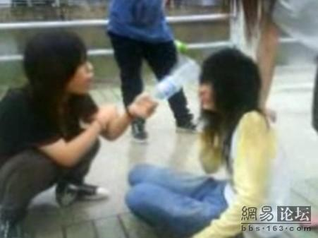 guangdong-girls-teen-beating-kicking-03