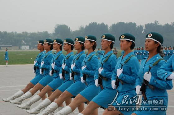 chinese-army-trianing-for-national-day-parade-60th-anniversary-07