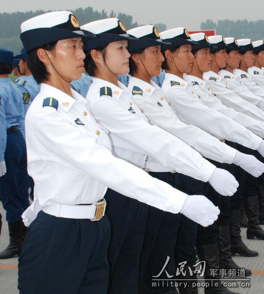 chinese-army-trianing-for-national-day-parade-60th-anniversary-13