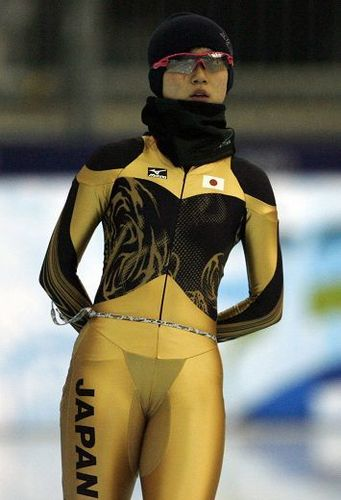 Japanese speed-skater Miho Takagi wearing black g-string underwear at 2010 Vancouver Winter Olympics