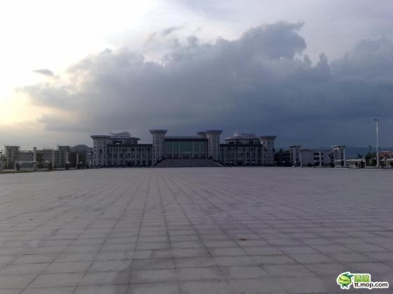 A Chinese government building in Jiedong county of Guangdong, China.