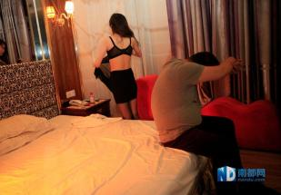 china-dongguan-prostitution-crackdown-raids-after-cctv-expose-14