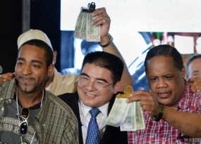 chinese-billionaire-chen-guangbiao-new-york-charity-lunch-21