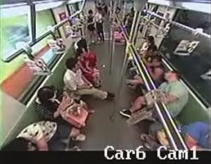 foreigner-passes-out-in-shanghai-subway-causes-passenger-panic-01