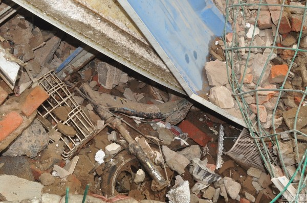 henan-chinese-couple-abducted-in-middle-of-night-return-to-demolished-home-09