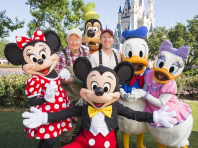 Ocean Spray Duo at Disney World with Characters