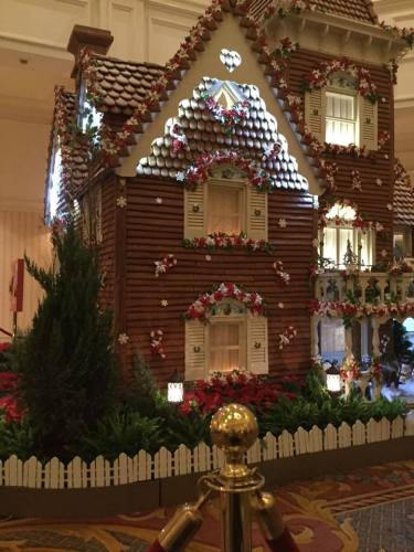 Disney's 2015 Grand Floridian's Gingerbread House is Now Open