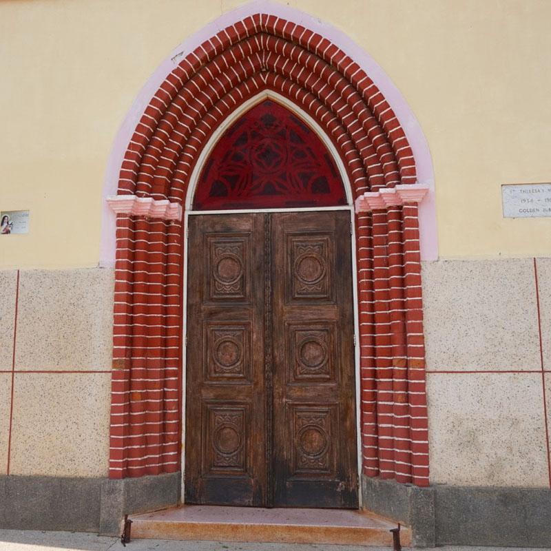 st-theresa-church-door