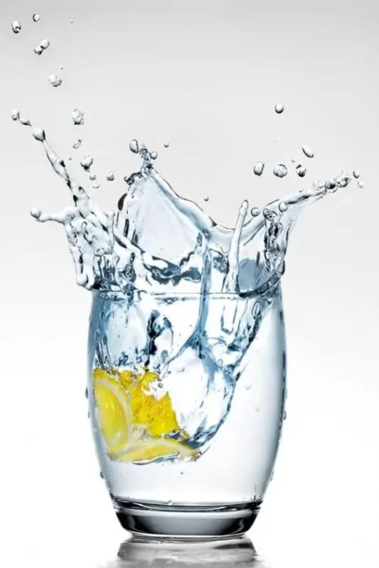 10 причини да пиете повече вода
