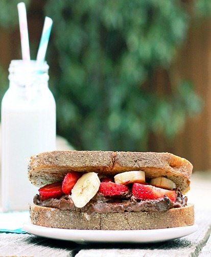 banana split sandwich