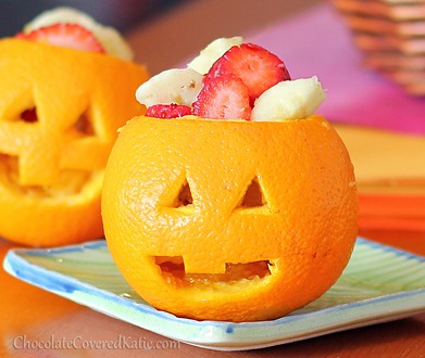 How to make jack o lanterns from oranges.