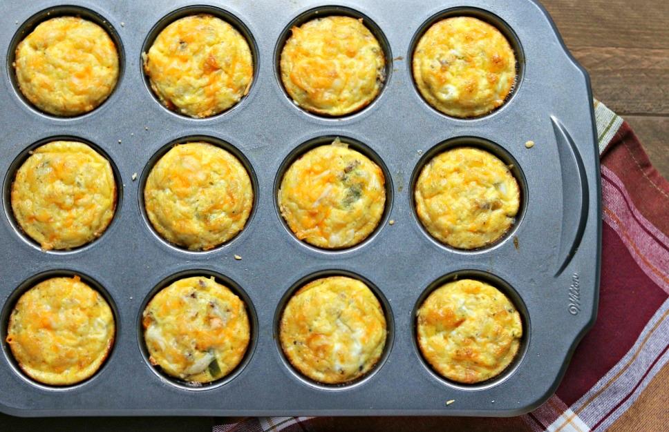 Cheesy Egg & Beef Breakfast Muffins