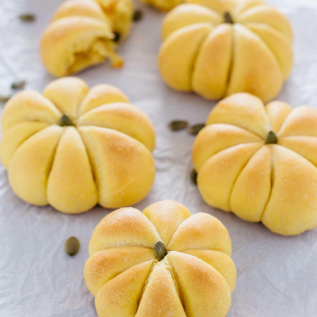 Japanese Kabocha Bread かぼちゃパン