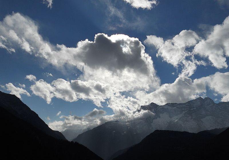 Wikipedia: Cloud in Nepal