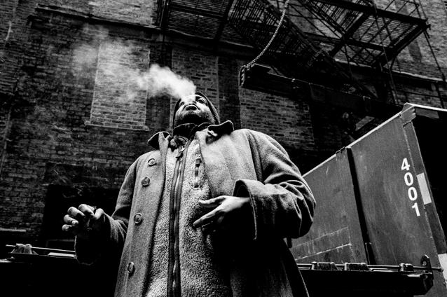 Blunt-Blow-Alley-Boys-Chicago-2015-Nikon-F4-28mm-Kentmere-400-EI800-Rodinal-Stand-Development-.jpeg