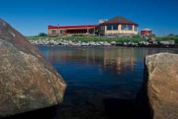 Seal-River-Heritage-Lodge